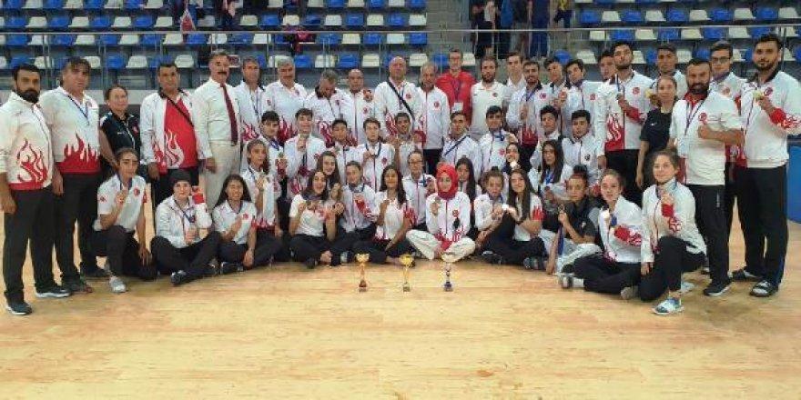 Tekvando Milli Takımı, Balkan Şampiyonası'nı zirvede bitirdi