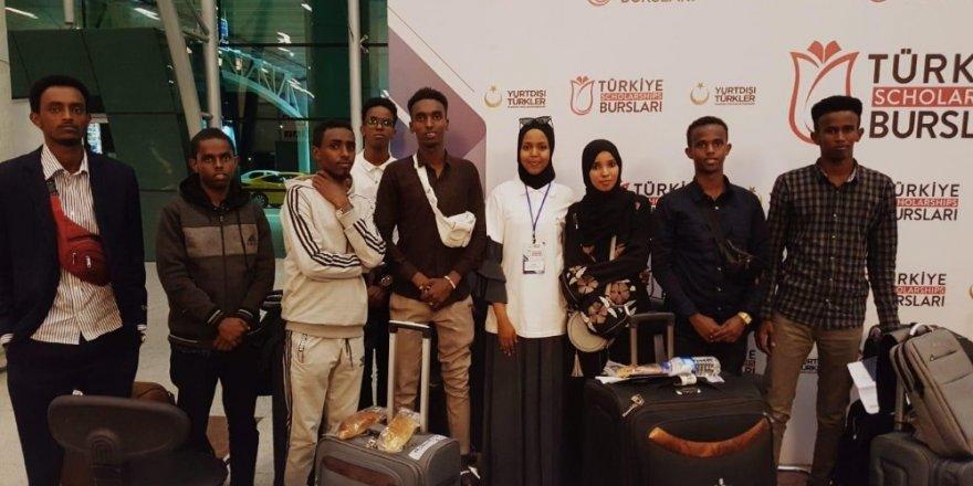 Dünyanın dört bir yanından binlerce uluslararası öğrenci eğitim için Türkiye'ye geliyor