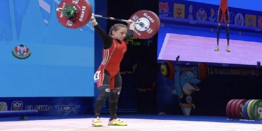 Şaziye Erdoğan, dünya şampiyonu oldu