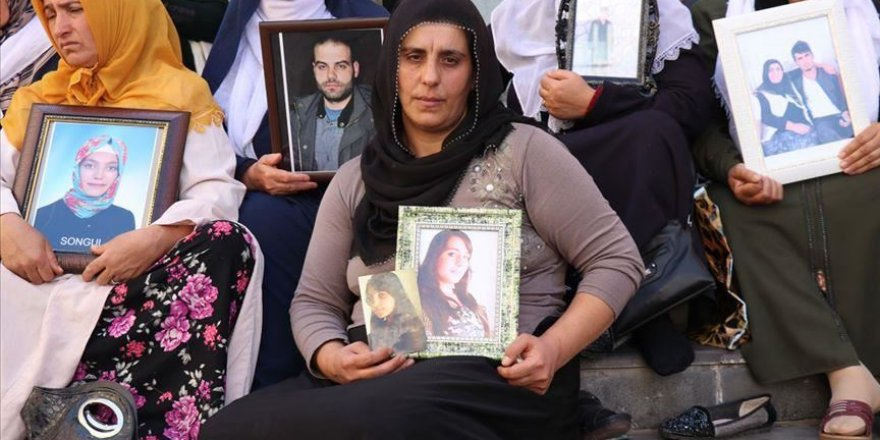 Mothers' sit-in protest against PKK growing in Turkey