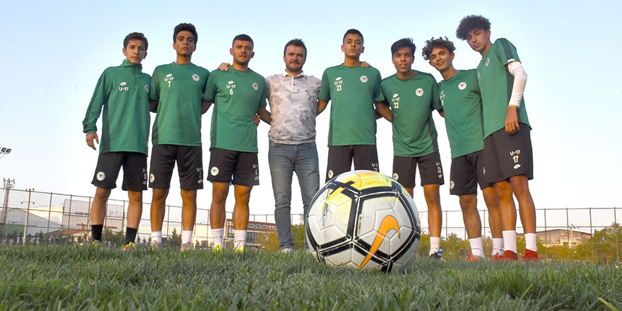 Geleceğin futbolcuları Konyaspor'da yetişiyor