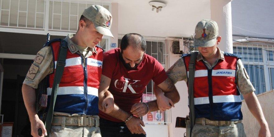 Hatay'da göçmen kaçakçılığı operasyonu: 3 kişi tutuklandı