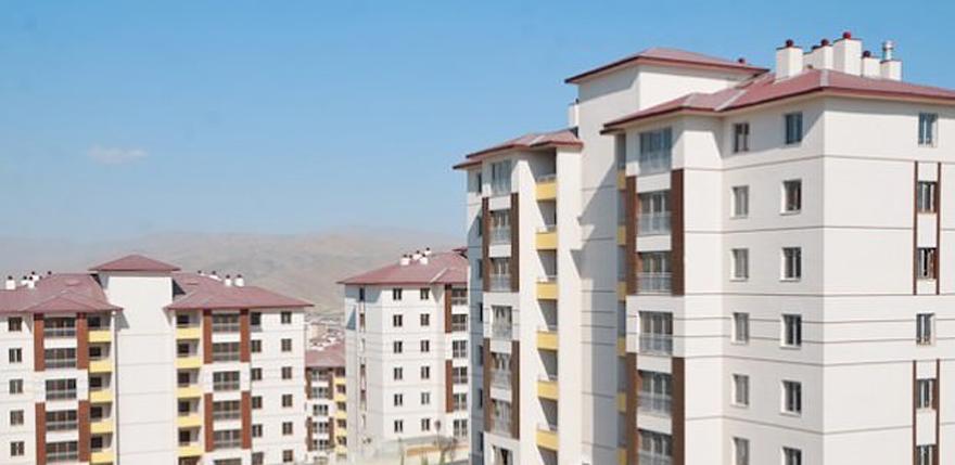 PKK yıktı, devlet yaptı! TOKİ anahtarları teslim etti
