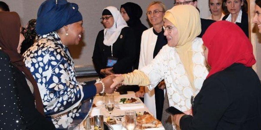 Emine Erdoğan, ABD'li Müslüman kadınlarla buluştu