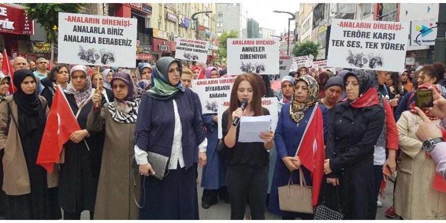 STK ve kadın temsilcilerinden, Diyarbakır'daki annelere destek