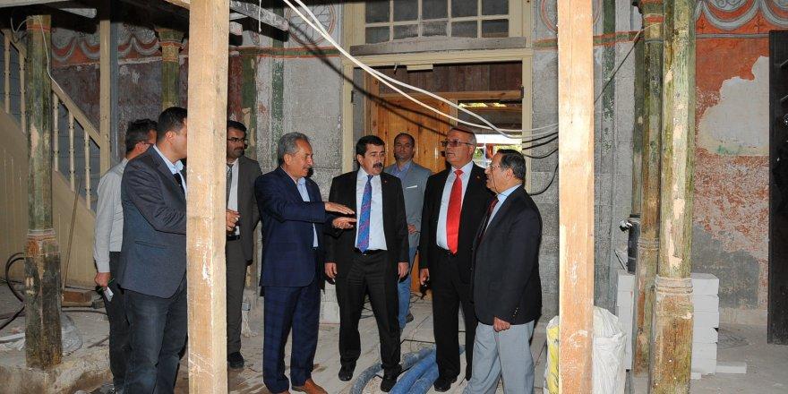 Hasan Paşa İmaret Camisi'nin restorasyonunda son gelindi