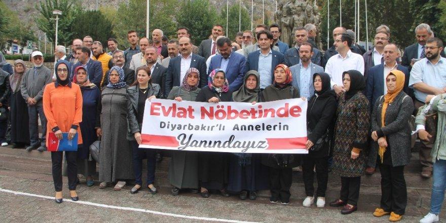 Amasyalı annelerden Diyarbakırlı annelere destek
