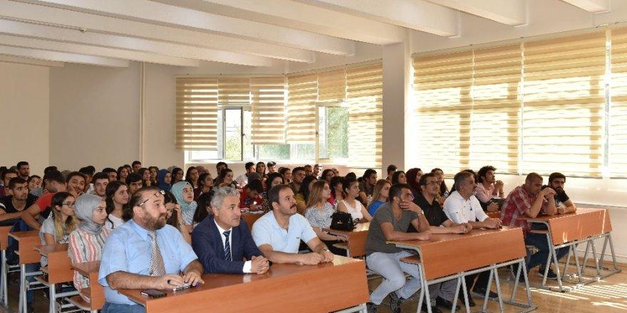 Sivil Havacılık Yüksekokulu'nda oryantasyon programı