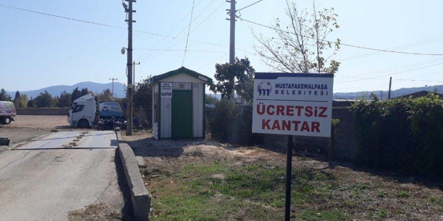 Mustafakemalpaşa Belediyesinin çiftçiye desteği sürüyor