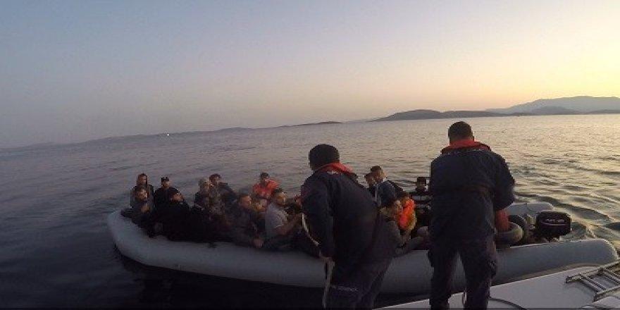 İzmir'de 237 düzensiz göçmen yakalandı