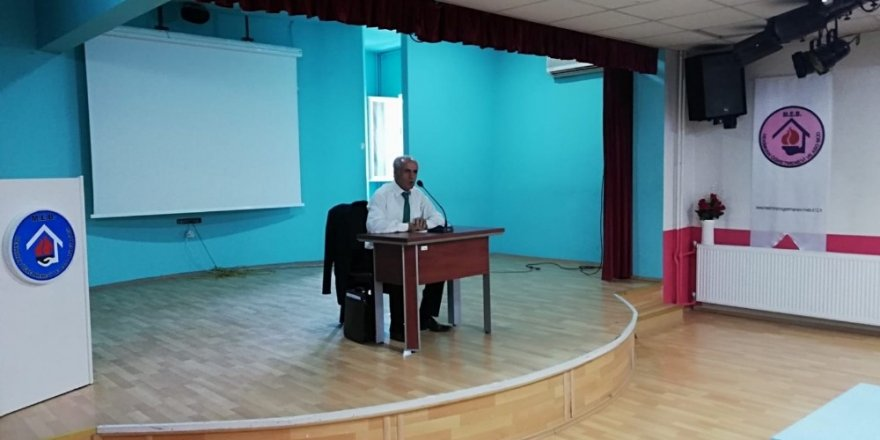 """""""Sözde ermeni soykırımı"""" konferansı düzenlendi"""