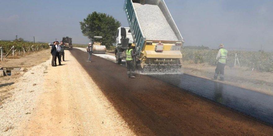 Manisa'da kış öncesi yollar bakıma alındı