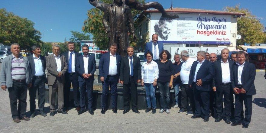 Karşıyaka Belediyesi Başkanı Tugay'dan Arguvan Belediyesine ziyaret