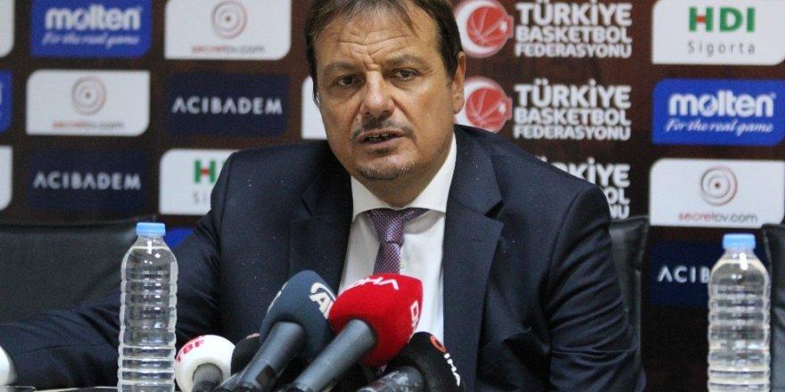 """Ergin Ataman: """"Sezona kupayla başladık"""""""