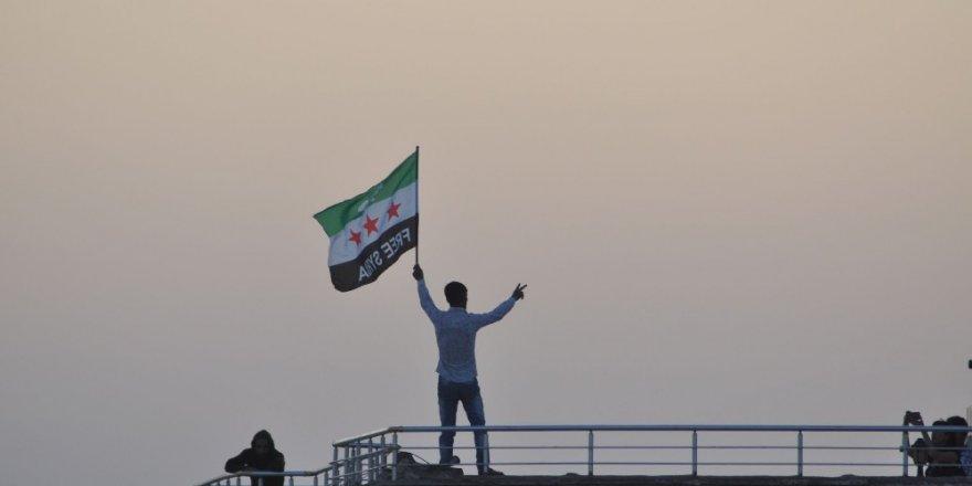 Barış Pınarı harekatının 5. gününde mesaj yüklü bir kare