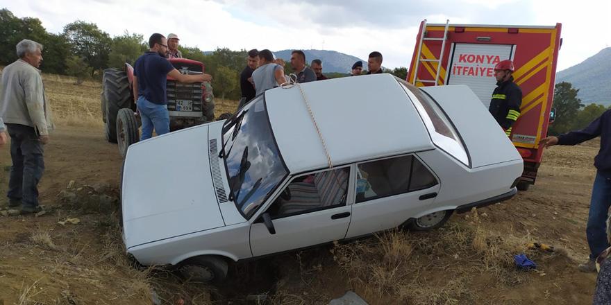 Konya'da otomobil menfeze düştü: 2 yaralı