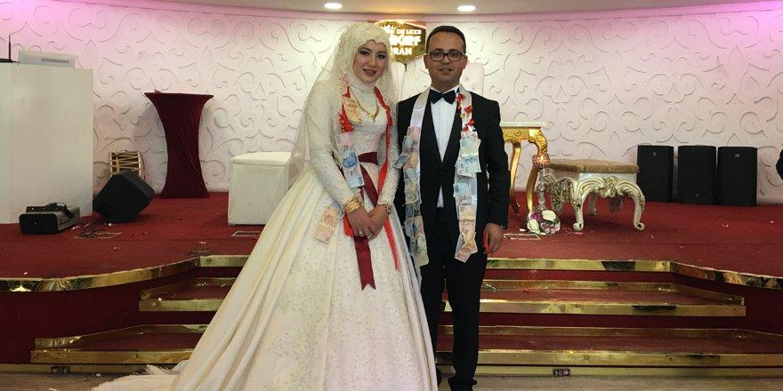 Hülya Nur ile Hasan Ayhan'ın mutlu günü