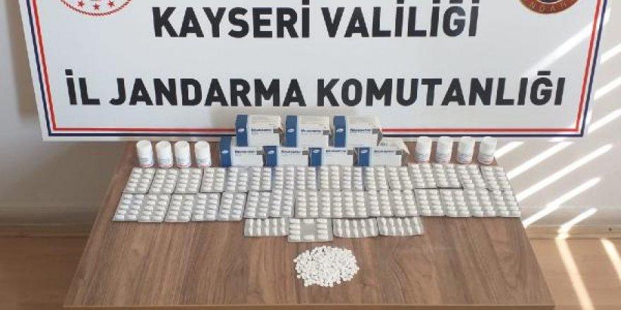 Kayseri'de 1035 uyuşturucu hap ele geçirildi