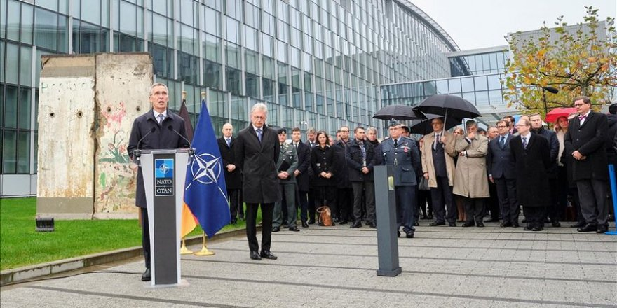 NATO commemorates fall of Berlin Wall