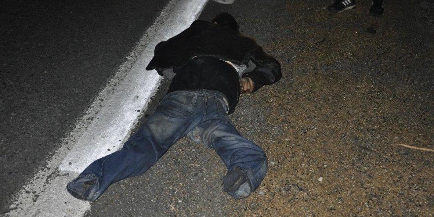 Yayaya çarpan sürücü kaçtı: 1 ölü