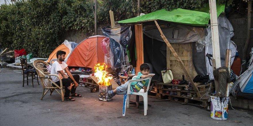 Yunanistan'da kamp dışındaki düzensiz göçmenler yaşam mücadelesi veriyor