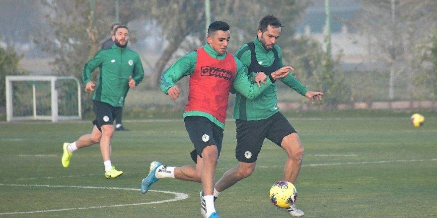 Konyaspor, Beşiktaş maçı hazırlıklarına yeniden başladı