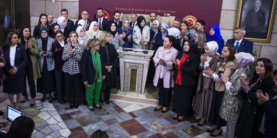 AK Parti milletvekillerinden CHP'li Özkoç'un ifadelerine kınama