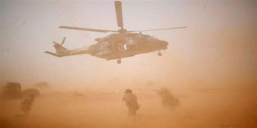 Mali'de helikopter kazasında 13 Fransız askeri öldü