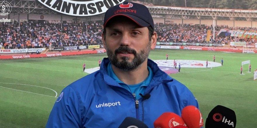 """Alanyaspor Teknik Direktörü Bulut: """"19 puanda kalmamamız lazım"""""""