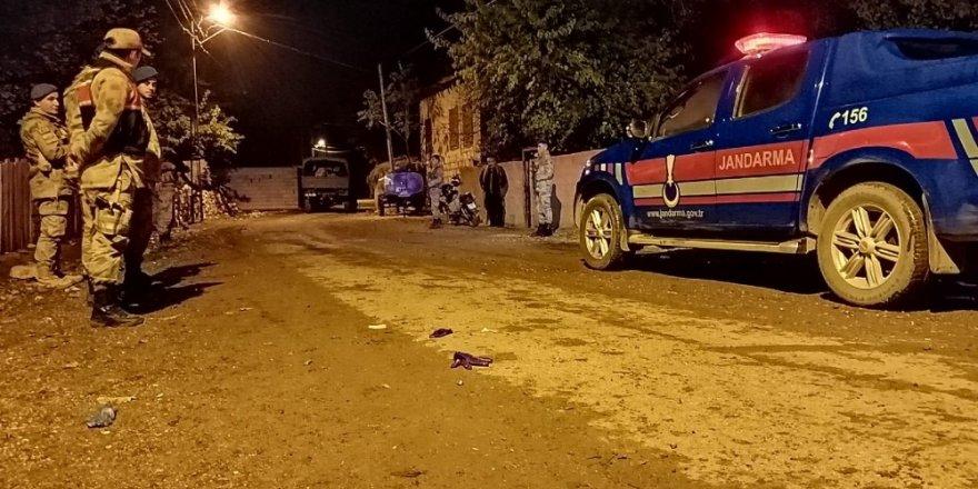 Kahramanmaraş'ta iki aile arasında silahlı, taşlı ve sopalı kavga: 12 yaralı
