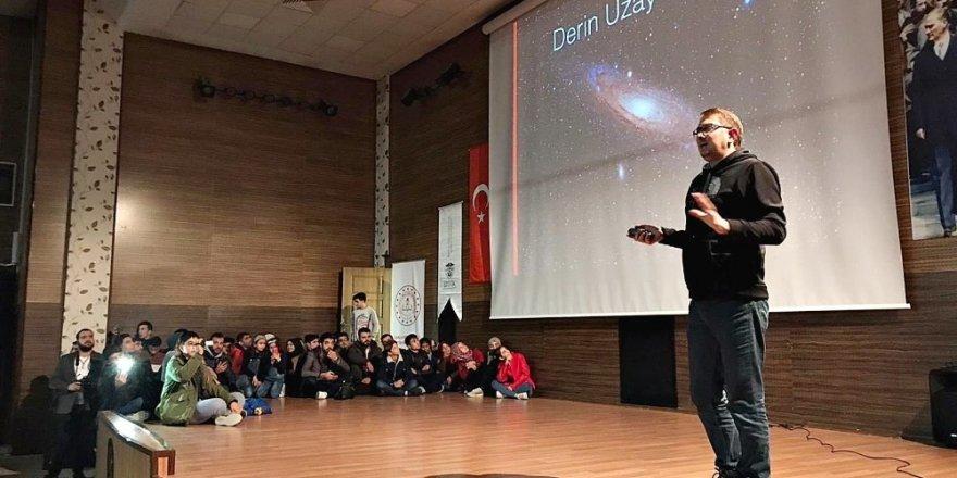 NASA'da görevli Türk Bilim İnsanı Umut Yıldız HRÜ'de