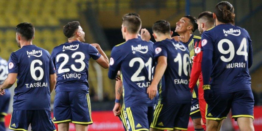 Fenerbahçe'den dört dörtlük galibiyet