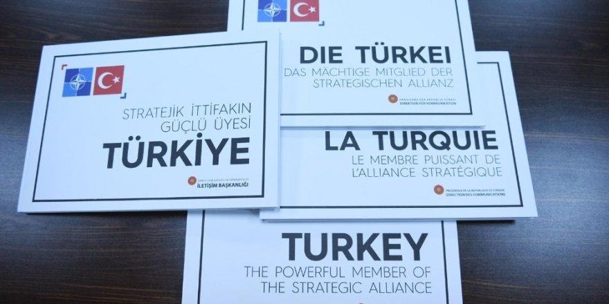 """Erdoğan'dan Dörtlü Zirve'de """"Stratejik İttifakın Güçlü Üyesi Türkiye"""" kitabı takdimi"""