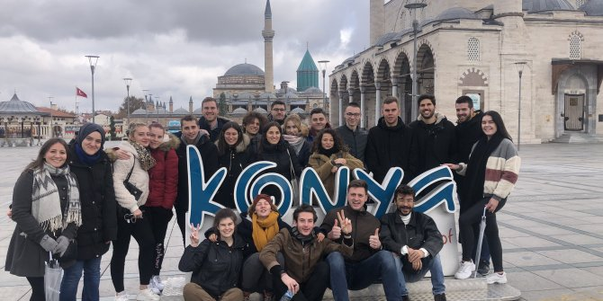 6 farklı ülkeden gençler Konya'da buluştu