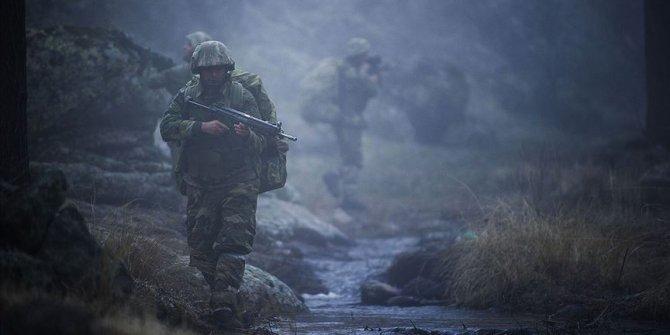 Irak'ın kuzeyi ve Suriye'de YPG/PKK'dan kaçan 5 terörist teslim oldu