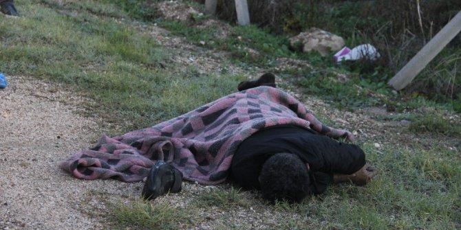İple boğarak öldürdüler, cesedi yol kenarına attılar