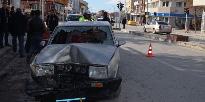 """""""Drift"""" yaparken minibüse çarpan sürücü ile araç sahibine 9 bin 526 lira ceza"""