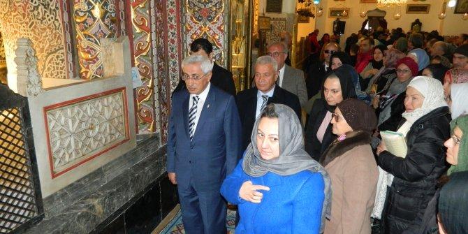 Kültür ve Turizm Bakan Yardımcısı Yavuz, Mevlana Müzesini ziyaret etti