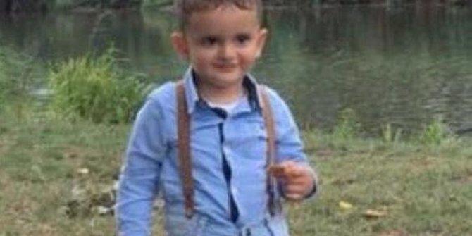 Anne kazadan yaralı kurtuldu, çocuğu evinde ölü bulundu