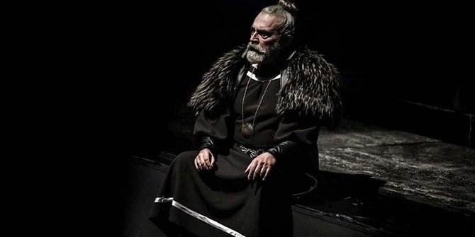 'Kral Lear' seyirciyi hayran bıraktı