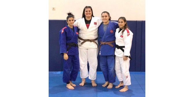 Salihlili judocular milli takım kampında