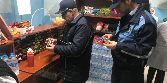 Gebze'de kantinlerde şırınga çikolata denetimi