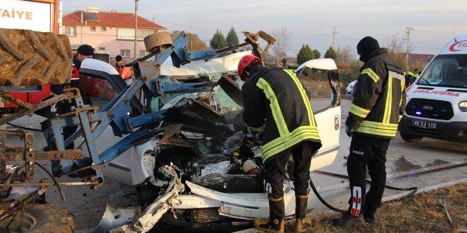Kazaya karışan otomobilin ibresi 150'de takılı kaldı