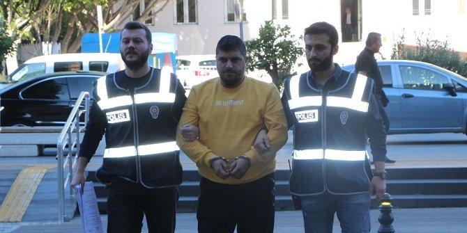 İstanbul'daki cinayetin zanlısı sahte kimlikle Antalya'da yakalandı