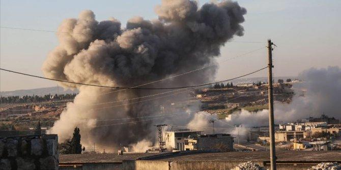 İdlib'e hava saldırıları sürüyor: 3 ölü
