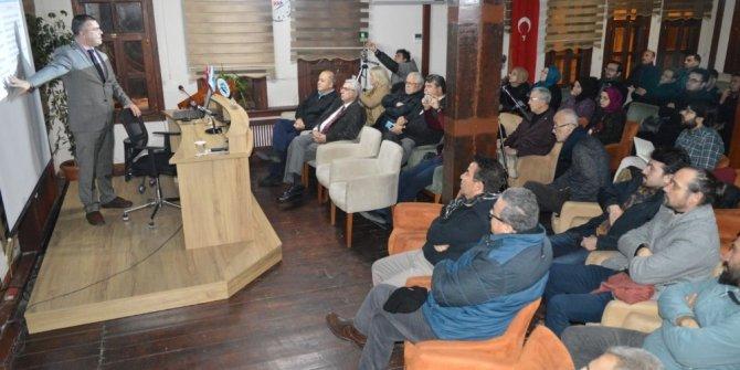 Eskişehir Türk Ocağı'nda 'yeni teknolojilerle girişimcilik' konferansı