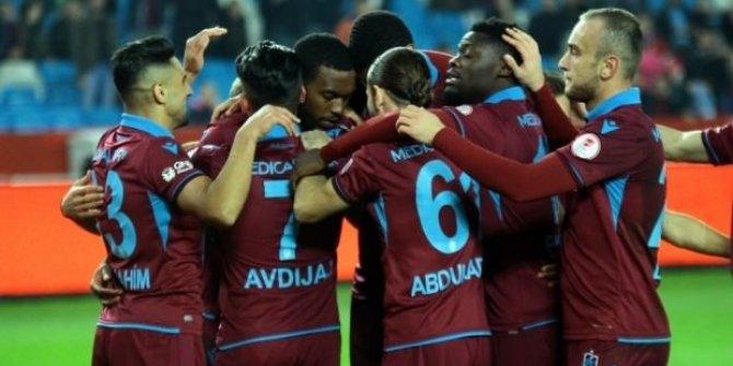 Trabzonspor'da 3 isimle yollar ayrılıyor!