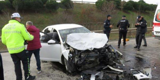 Otomobil ile minibüs çarpıştı: 5 yaralı