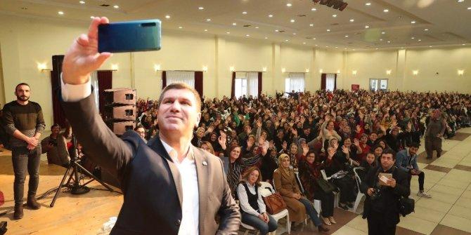 """Burdur Belediyesi'nden yeni yıl öncesi """"Kadınlar Matinesi"""""""