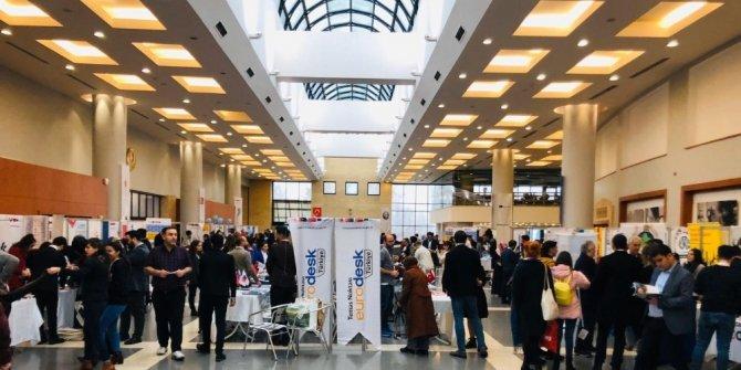 Gençlik merkezleri Eurodesk Tr Fuarı'na katıldı